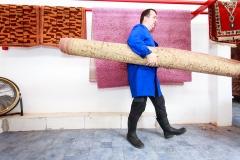 Egy közepes méretű szőnyeg